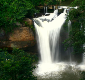 Hew Suwat Waterfall